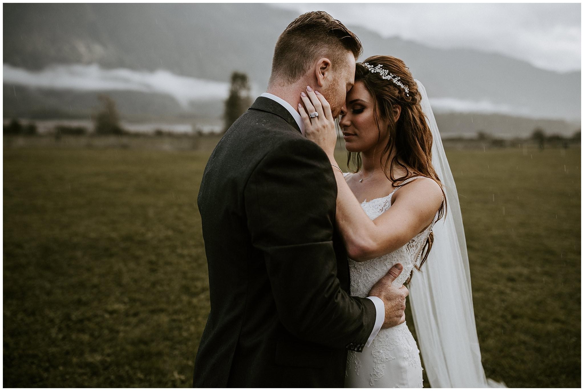 fall-wedding-fraser-river-lodge-081.JPG