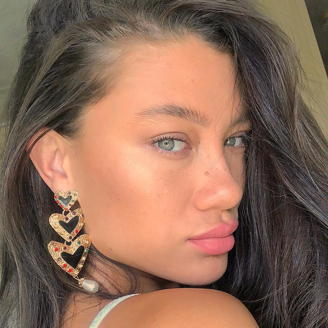 Amber Setema   @thegreeneyedmonster_   Amber Setema is a Brisbane based model. Known for her piercing green eyes and flawless skin.  Click the link above to see Amber's instagram