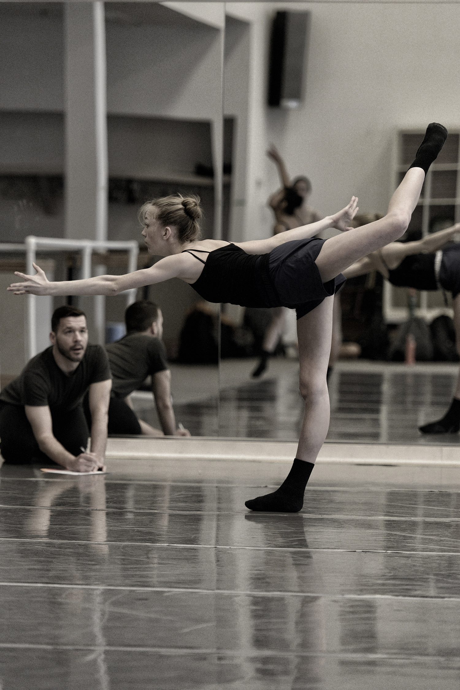 In rehearsal for a new work at Arts Umbrella (Vancouver)with Cordelia Pentland.Photo by Michael Slobodian, courtesy of Arts Umbrella.