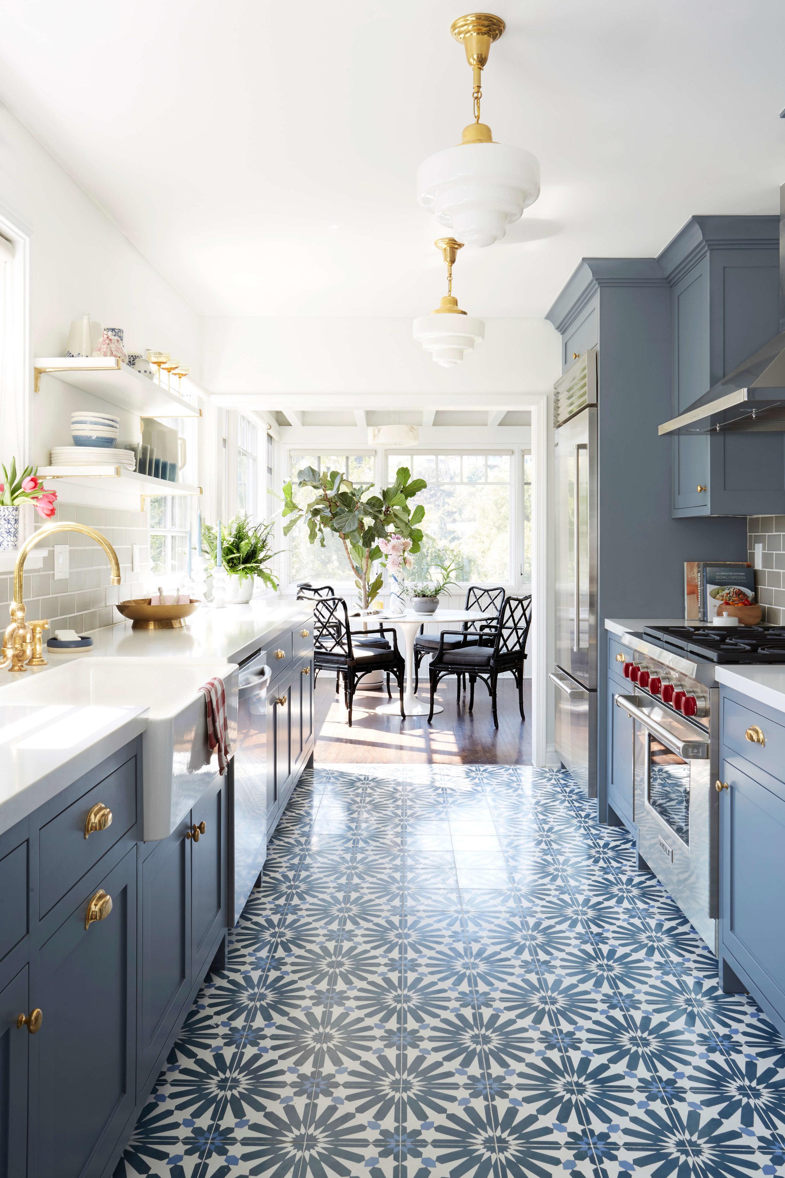 Kitchen design by  Ginny McDonald  for Emily Henderson Design.