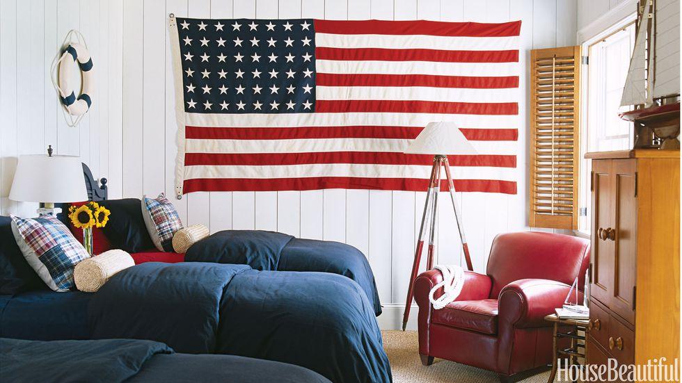 American flag decor.jpg