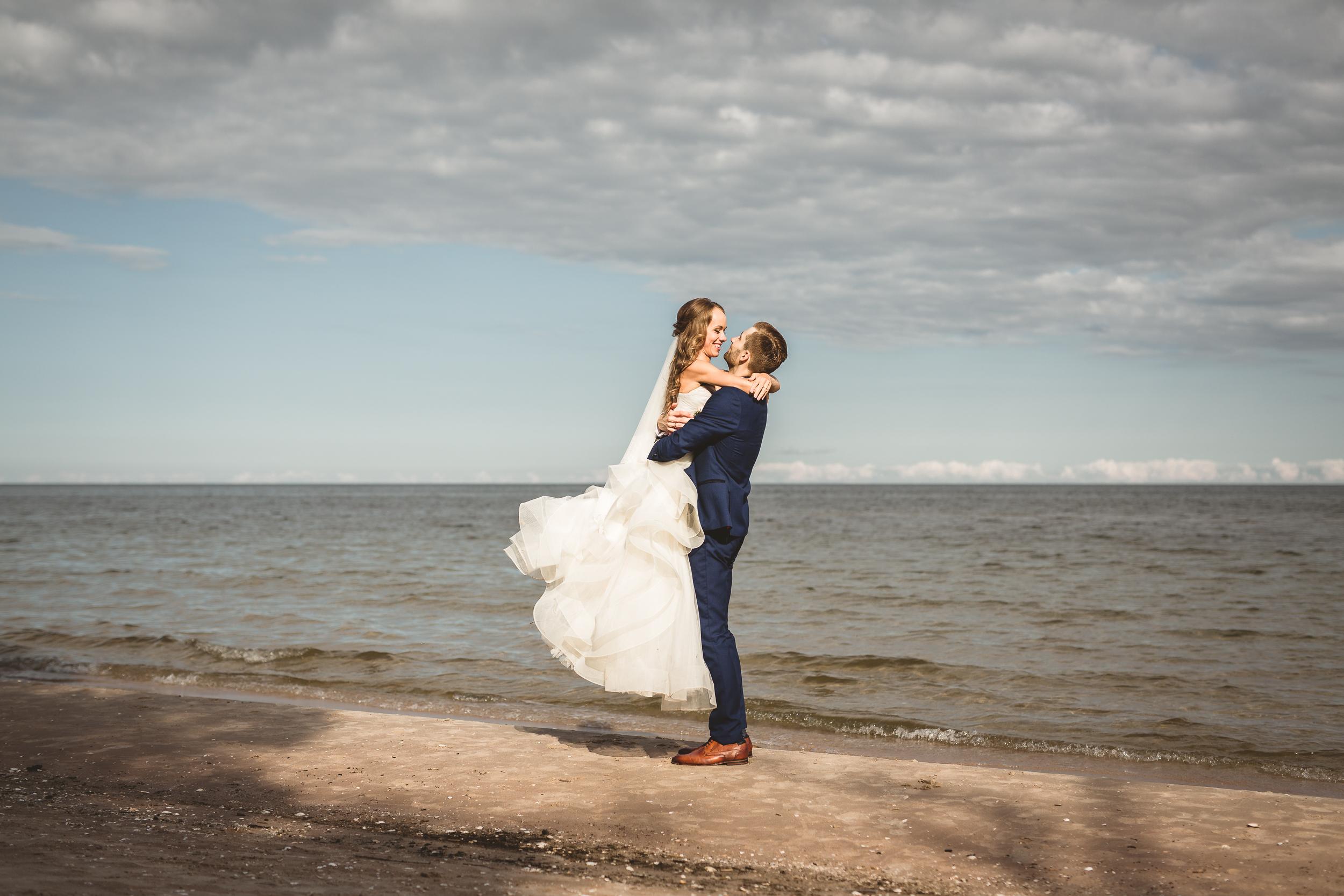 BALTIC COAST WEDDING. -