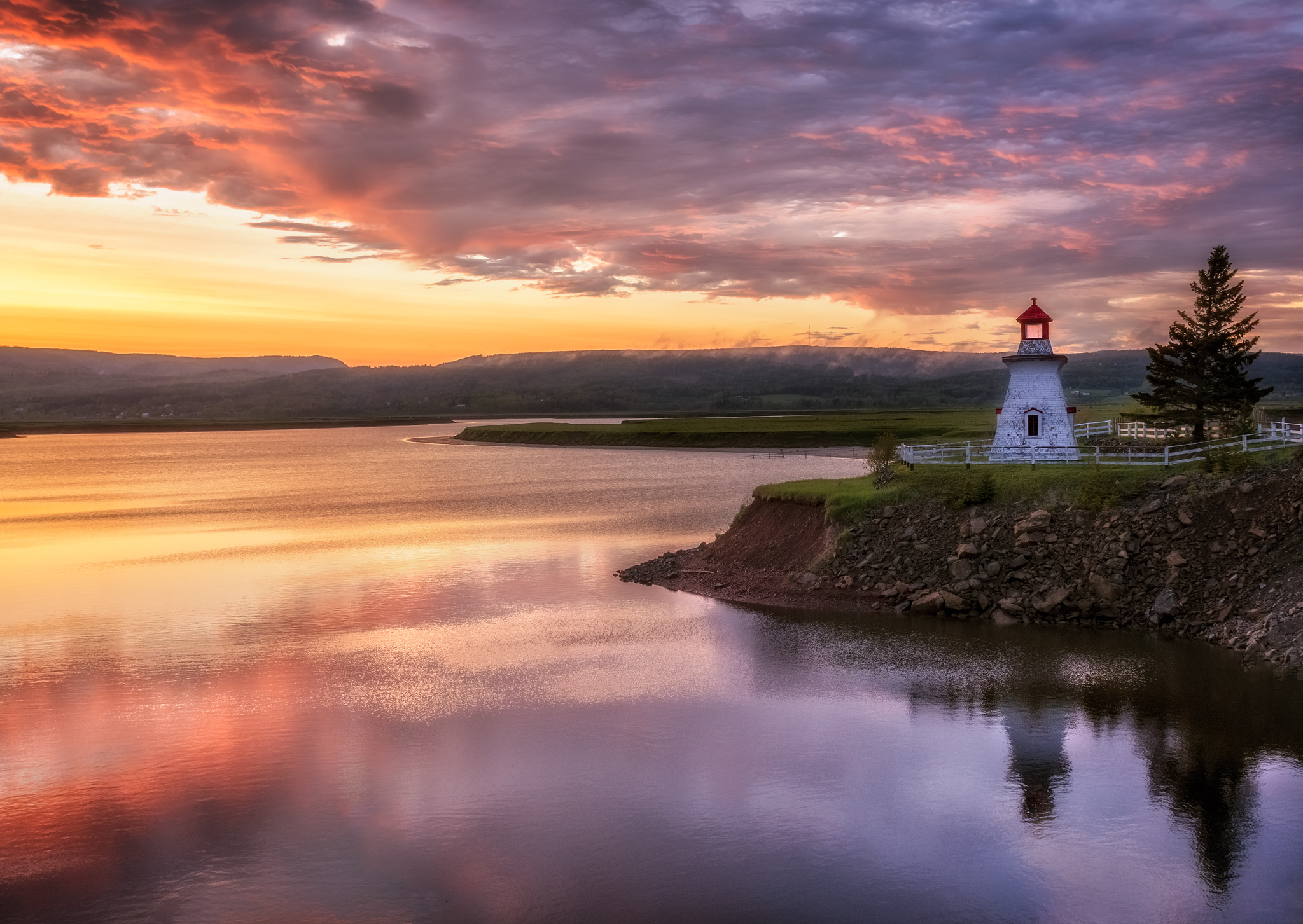 This beautiful sunset at my beloved Anderson Hollow Lighthouse was one of the images featured in the CBC New Brunswick article.