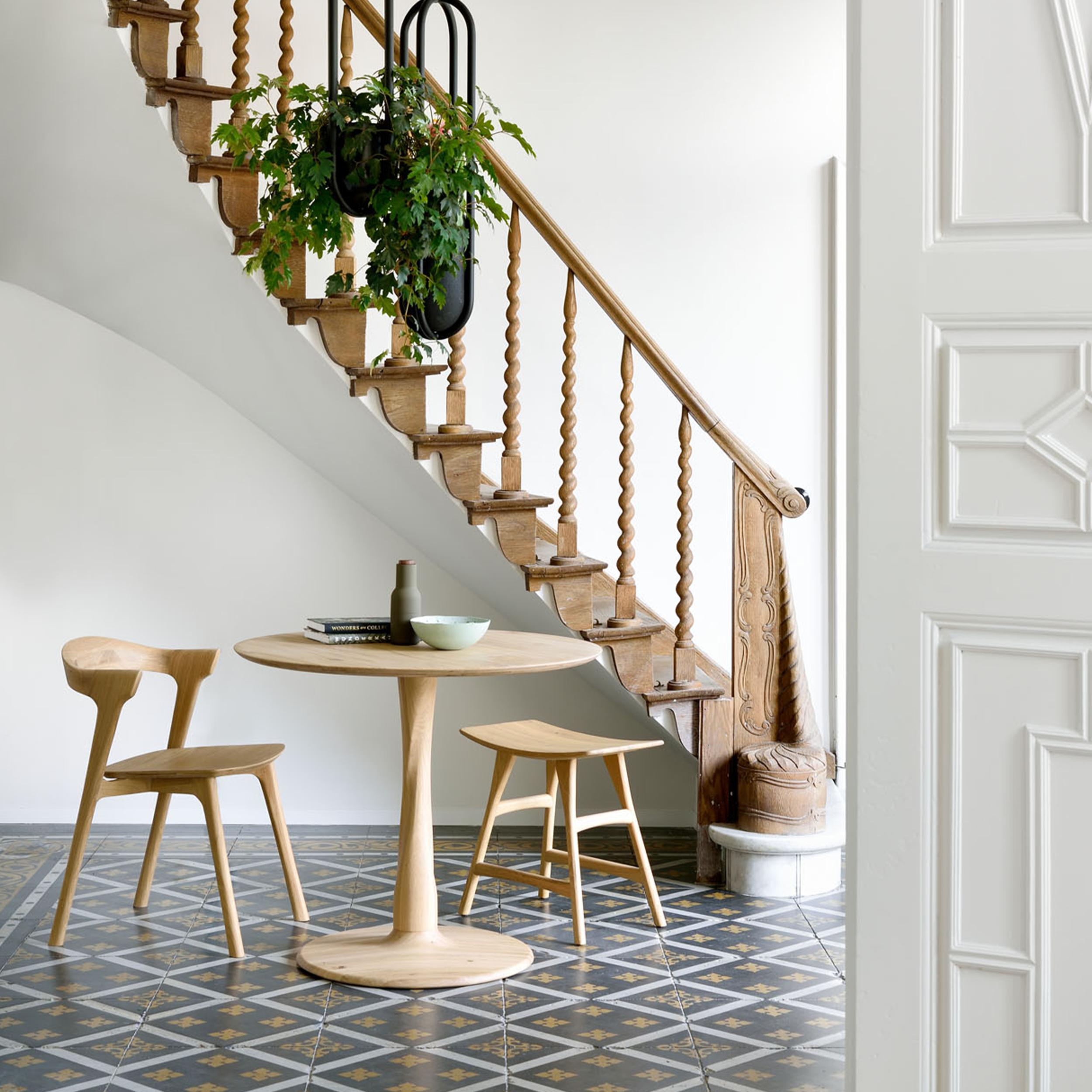 50018-oak-Torsion-dining-table-51490-oak-Bok-chair-53033-oak-Osso-stool.jpg.png