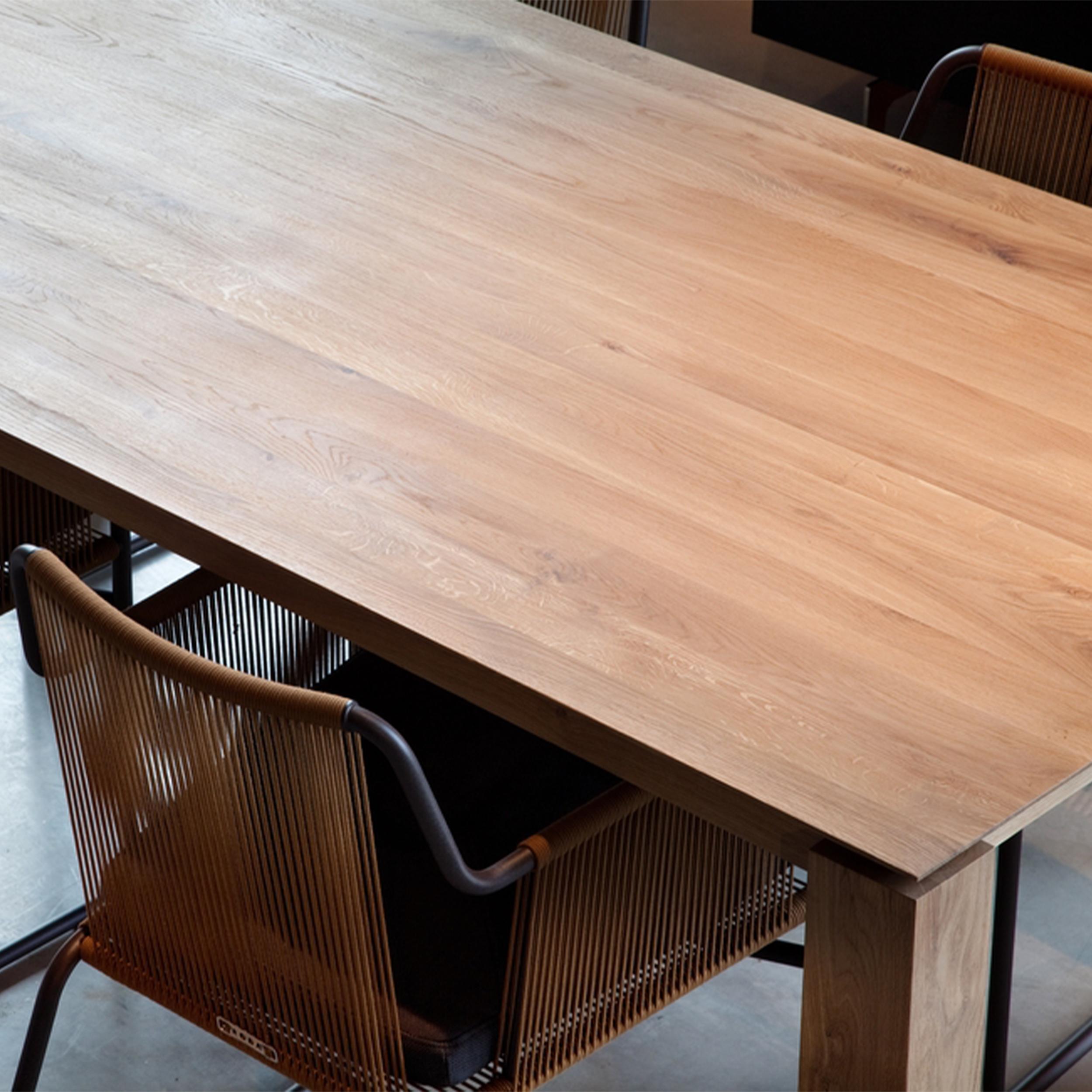 50571-Oak-Slice-dining-table.jpg.png
