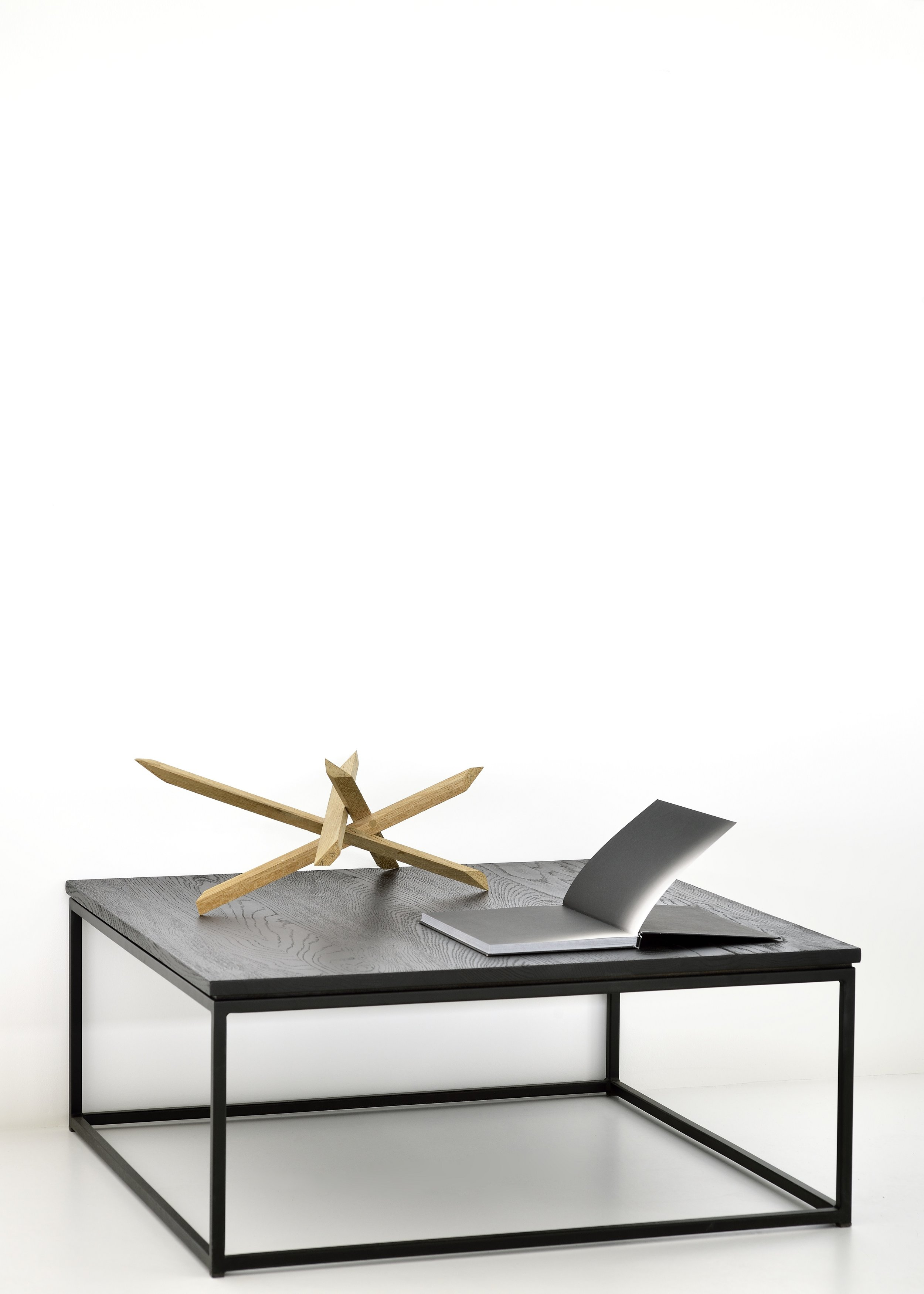 50520-Oak-Thin-coffee-table-black-1.jpg