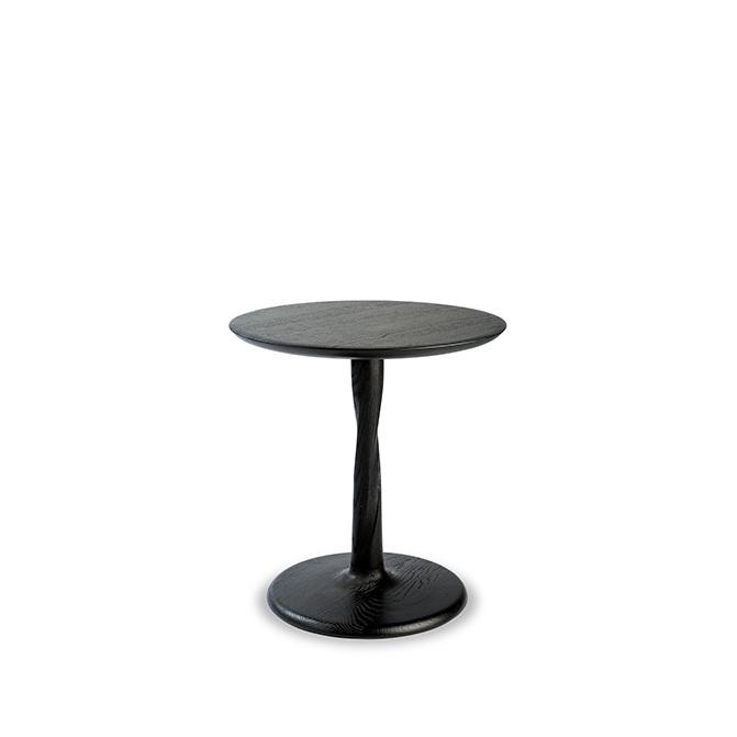 TGE-050014-Oak-Torsion-side-table-black-1.jpg