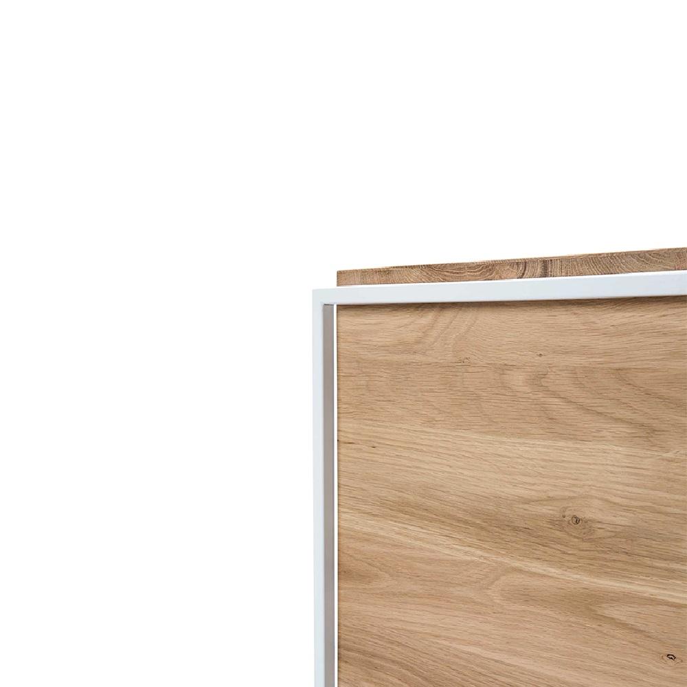 TGU-026867-Monolit-side-table-M_det.jpg