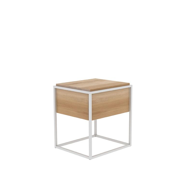 TGU-026867-Monolit-side-table-M_p.jpg