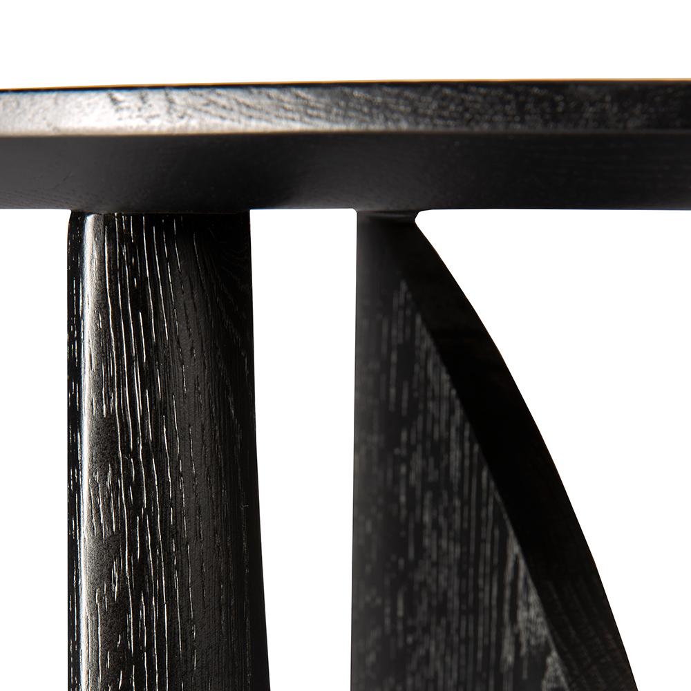 TGE-050536-Oak-Geometric-side-table-51x51x50_det.jpg