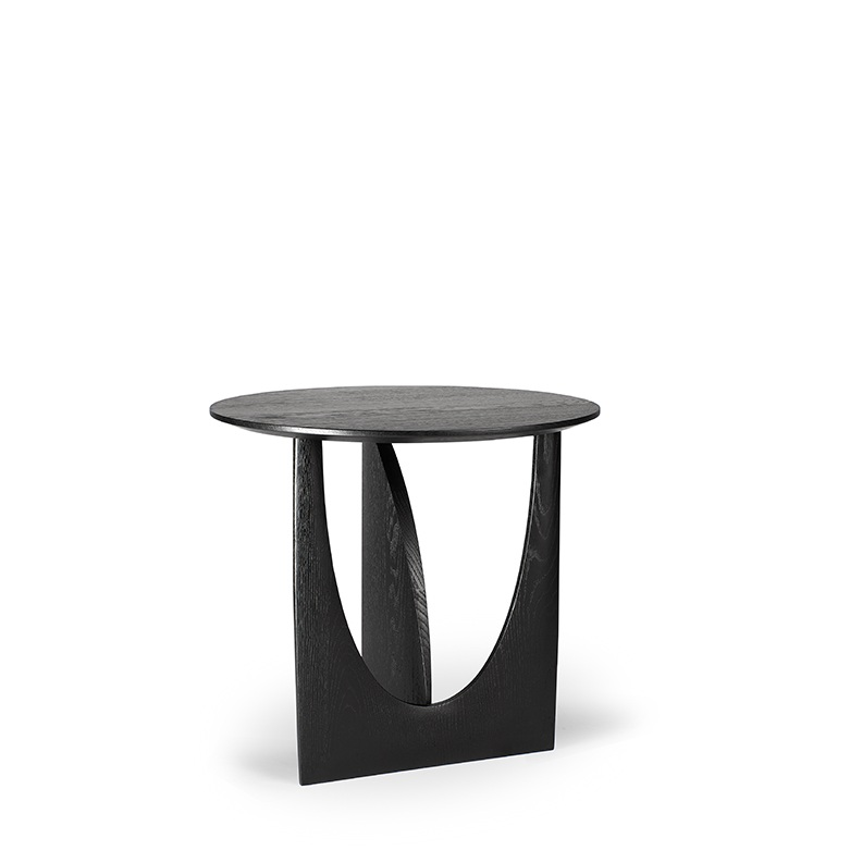 TGE-050536-Oak-Geometric-side-table-51x51x50_p2.jpg