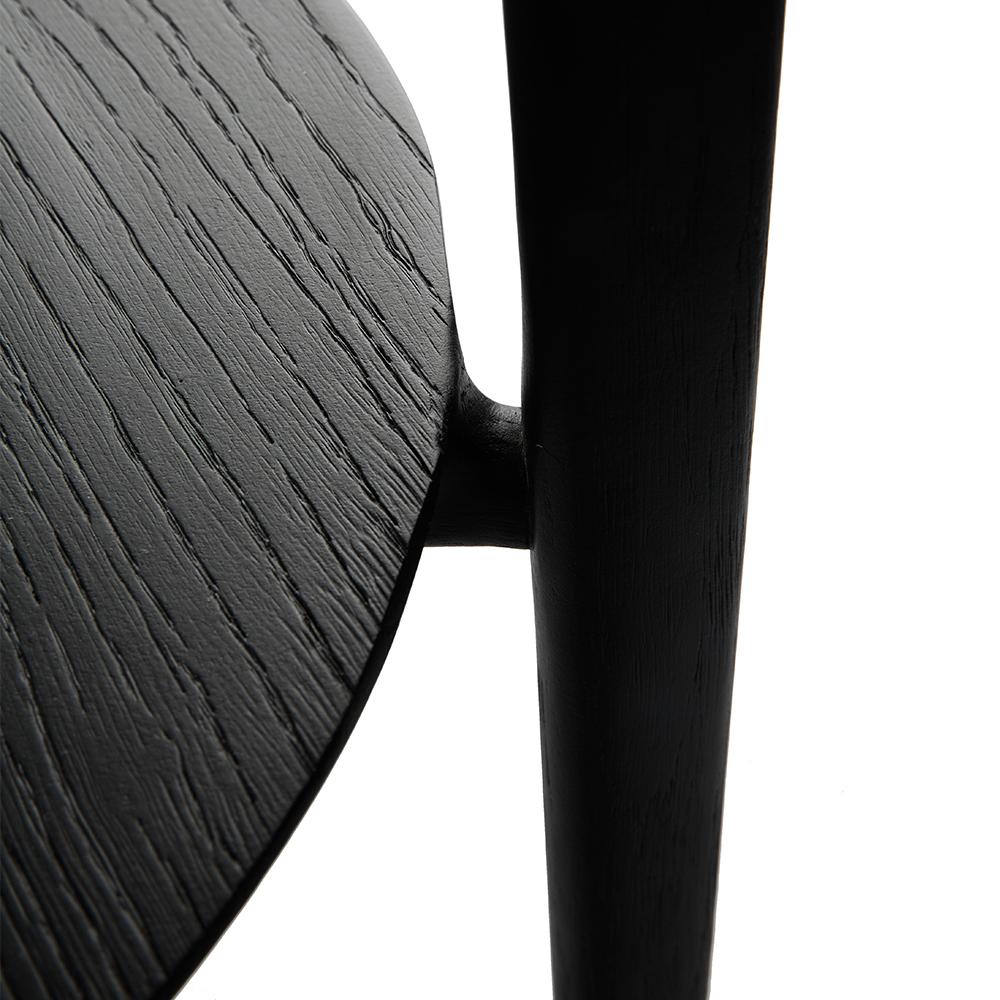 TGE-051510-Oak-Black-sidetable_det.jpg