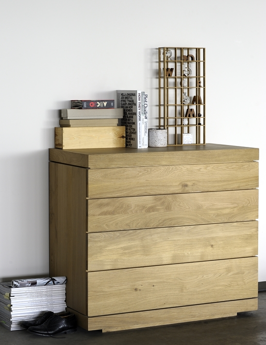 51399-Oak-Burger-chest-of-drawers.jpg