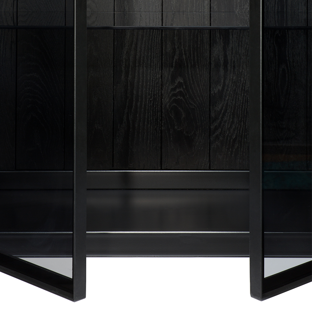 TGE-060071-Ethnicraft-Anders-cupboard-2-opening-doors-87x45x180_det3.jpg