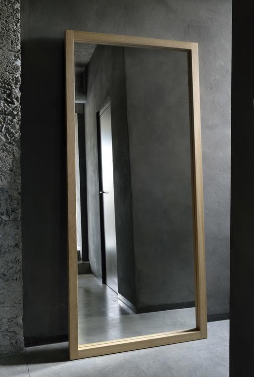 TGE-051299-Oak-Light-Frame-mirror_2.jpg
