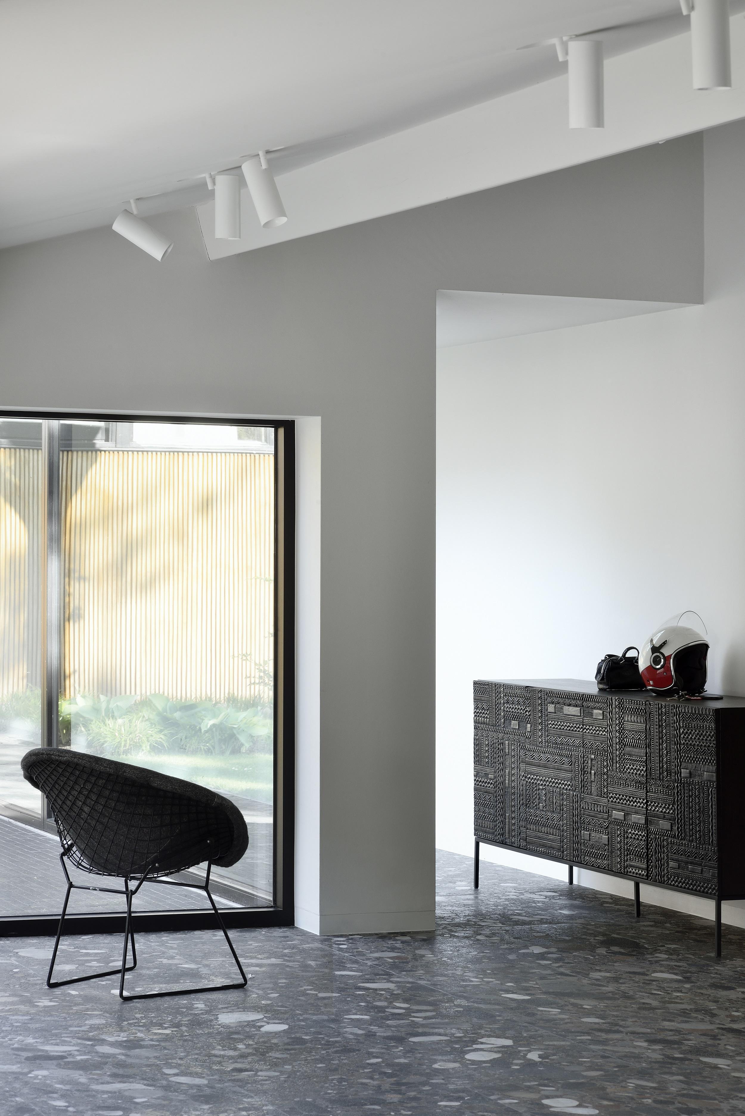 Tabwa-sideboard-4-doors.jpg