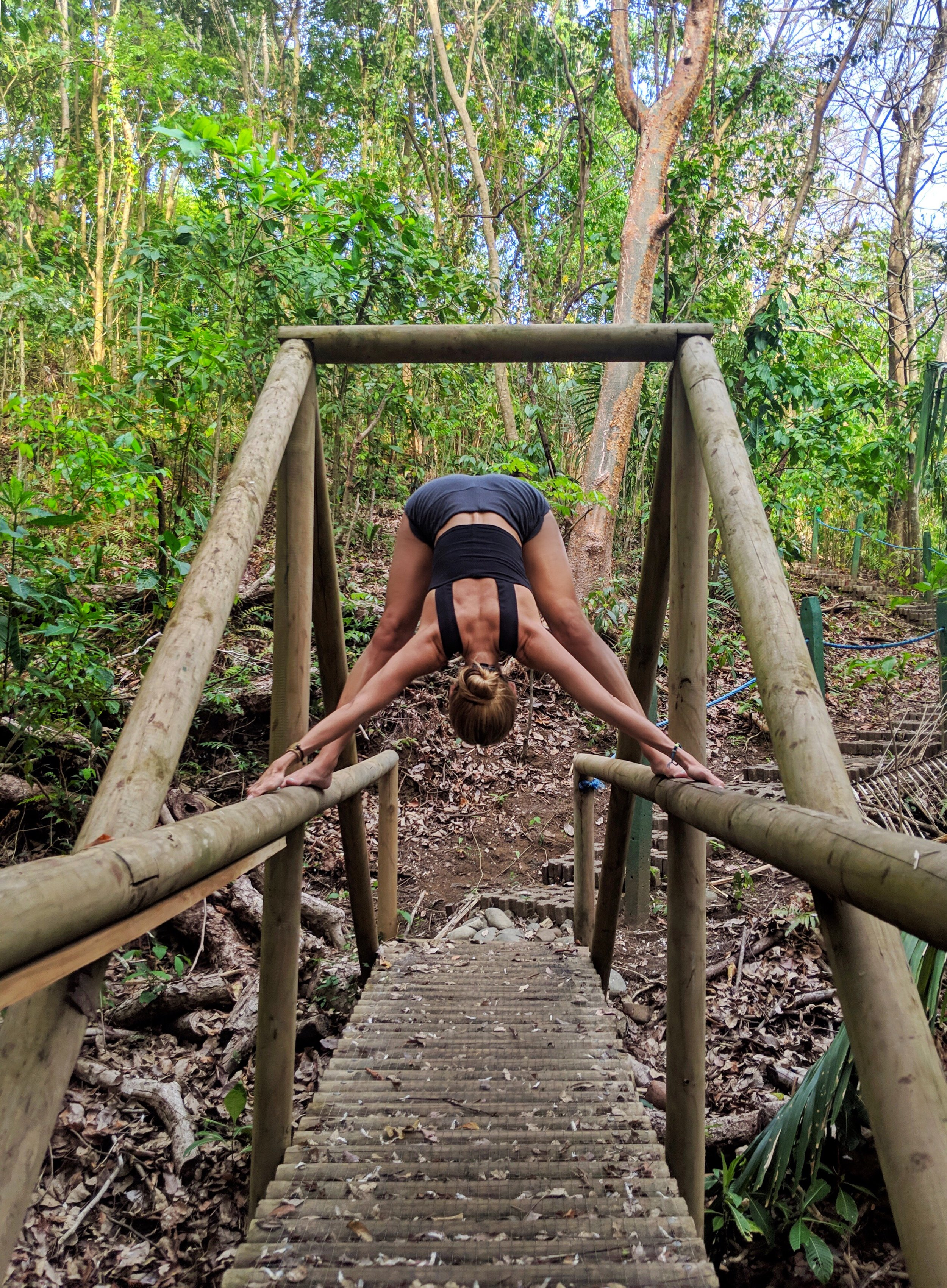 Yoga Costa Rica @yoga_ky