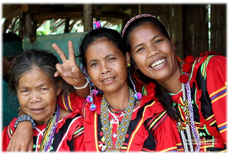 Talaingod Manobo women of Davao del Norte, Mindanao, PH