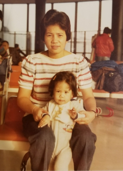 The author with her mother on her first trip to the Philippines, 1982