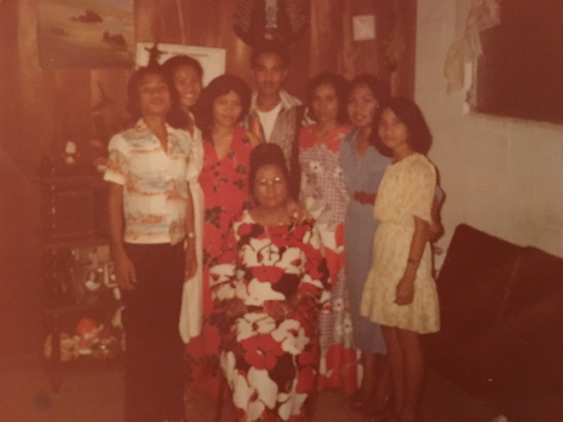 The author's Great Grandma, center, surrounded by her grandmother and her children.