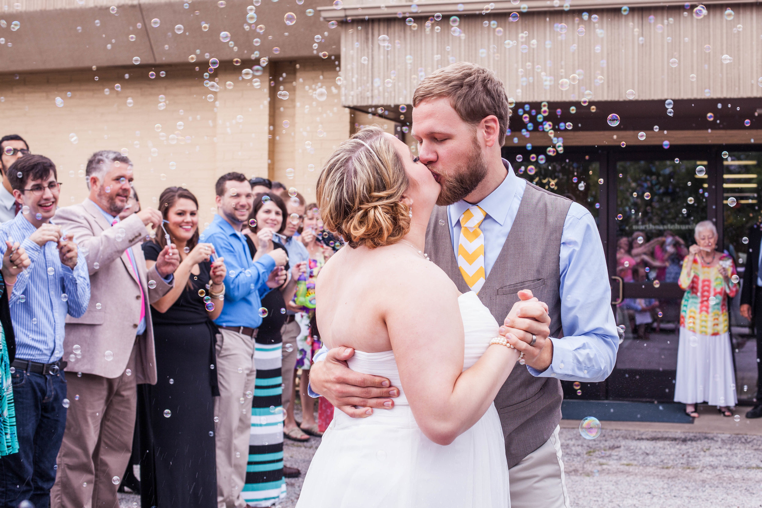 Wedding Kiss Bubbles