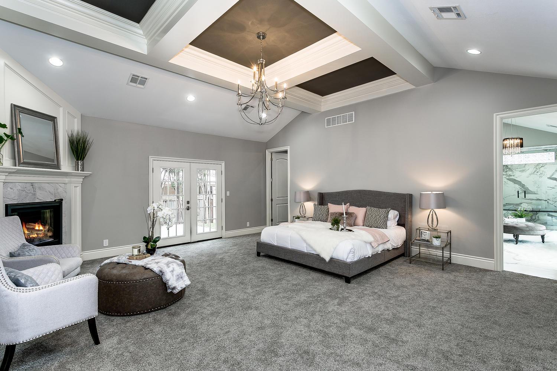 4 N Highland Rd Wichita KS-large-032-31-Master Suite-1500x1000-72dpi.jpg