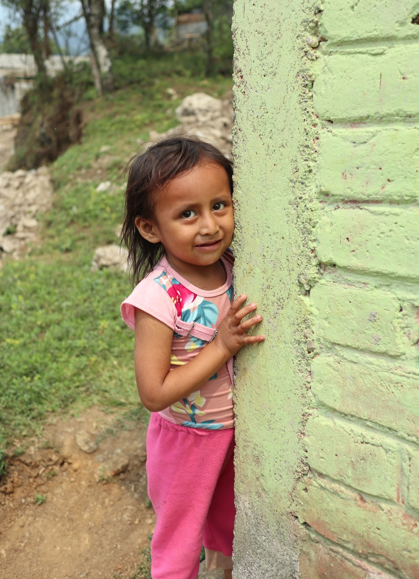 little girl, guatemala.JPG
