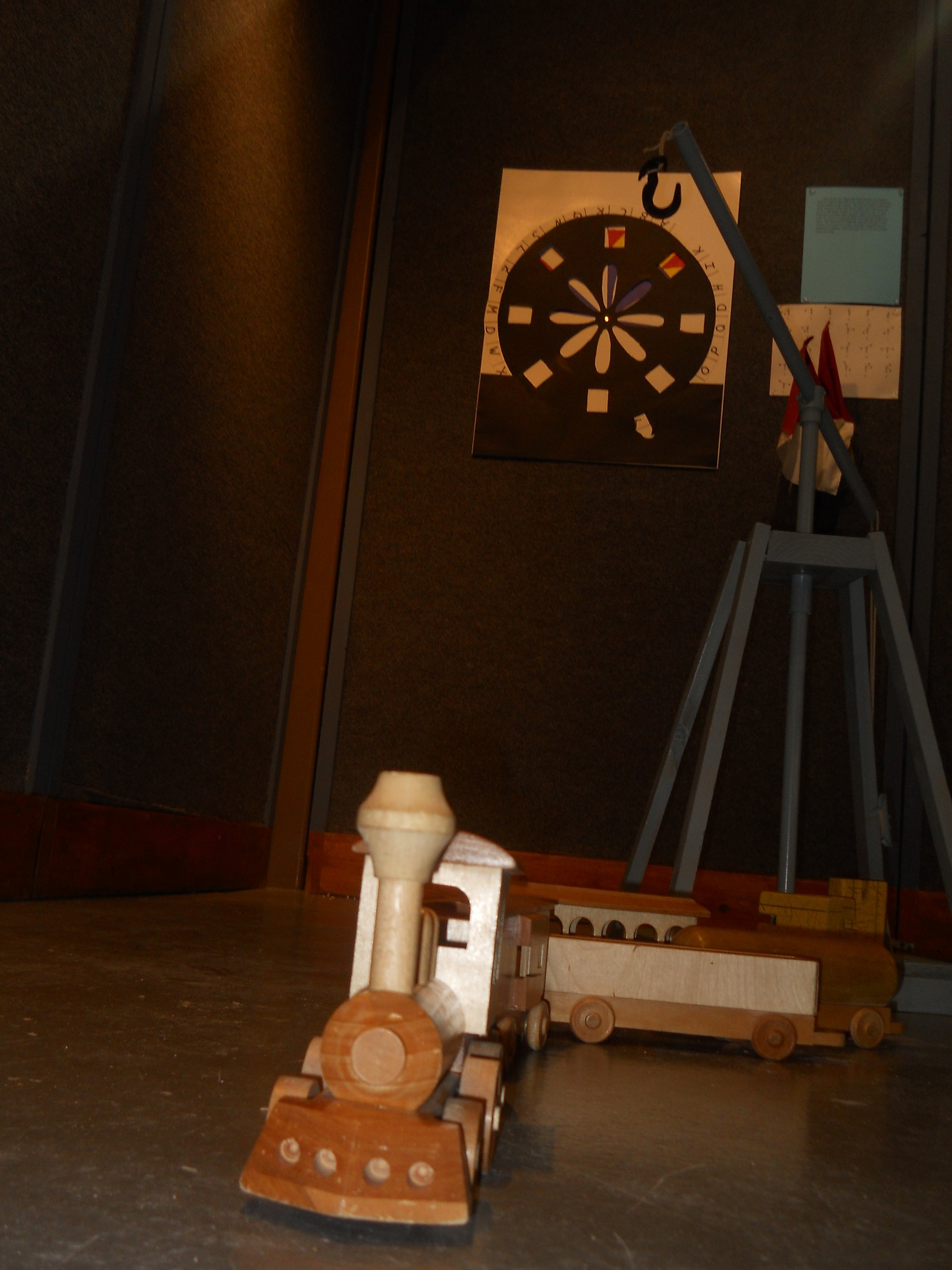 Trains and more - The popular wooden toys return. Lift hay with the derrick, sit on the steam shovel, and become a train engineer.