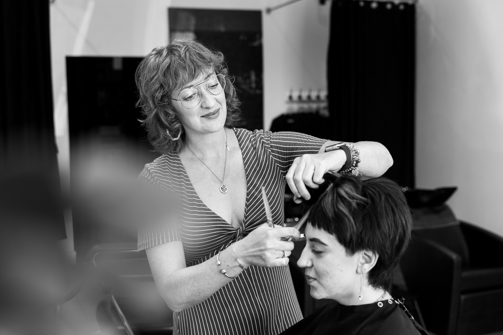 Amy  Amy has been a stylist in Edmonton since 1997. She has the great fortune of spending her days doing what she loves most, with the greatest group of people she knows. She is currently a Diamond.KEY educator for Kevin.Murphy, where she takes great pleasure in sharing her love of hair.