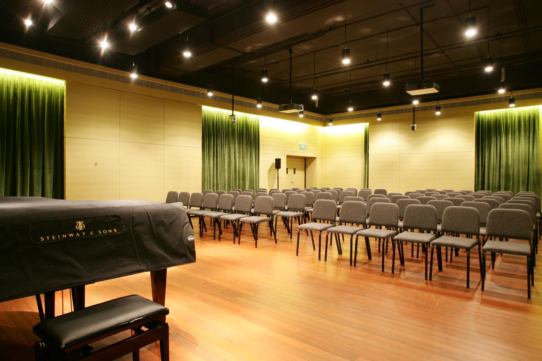 Steven Baxter Recital Studio