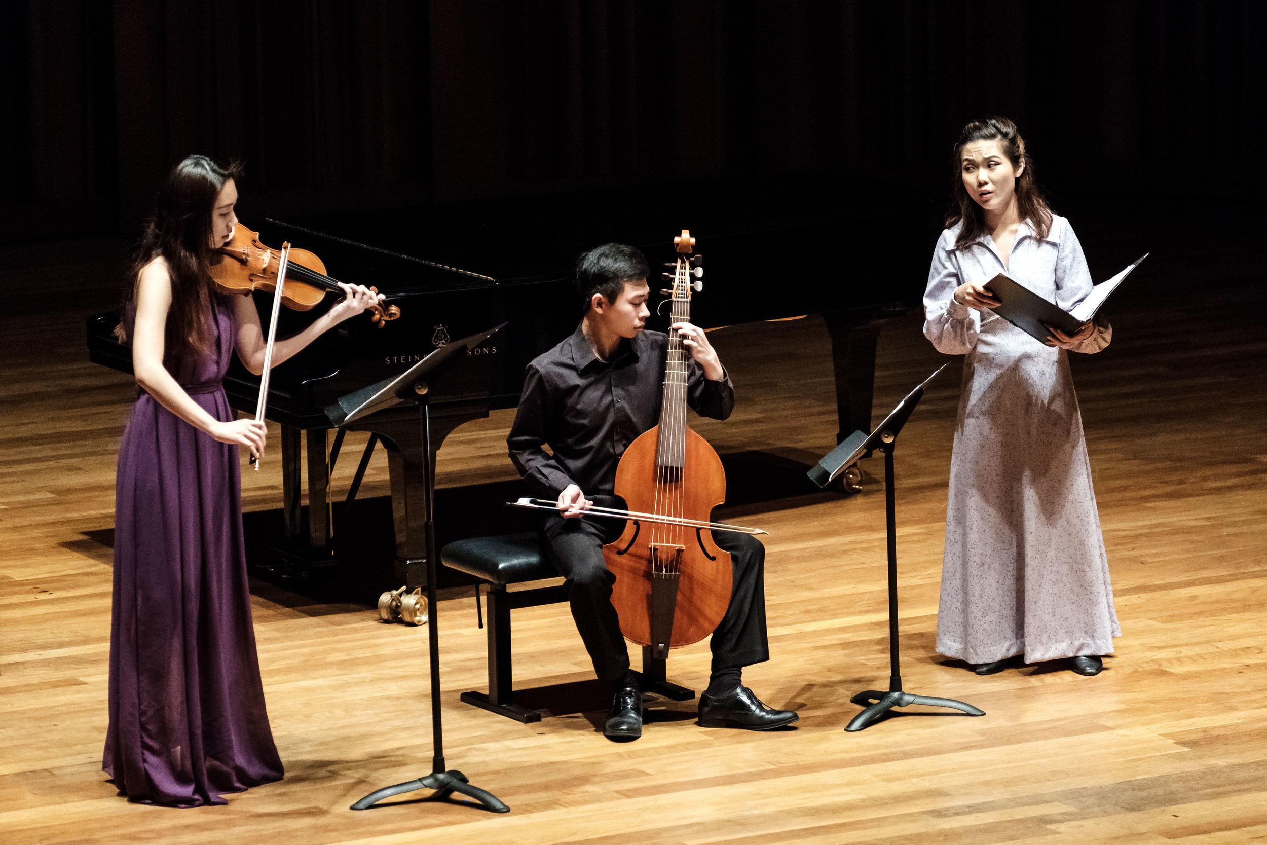 Jingyun performs medieval music in her senior recital, with Pei Yi Ting (violin) and Mervyn Lee (viola da gamba).