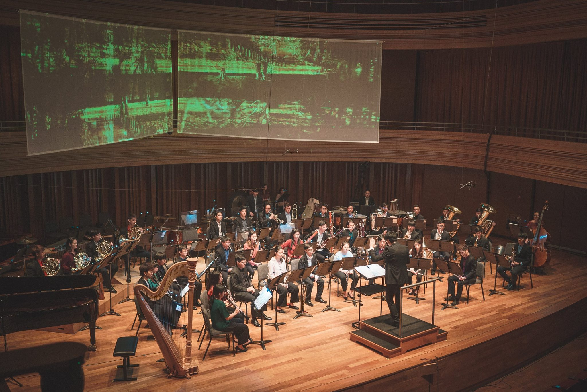 The YST Wind Consort's debut was accompanied by visuals by Theemptybluesky.