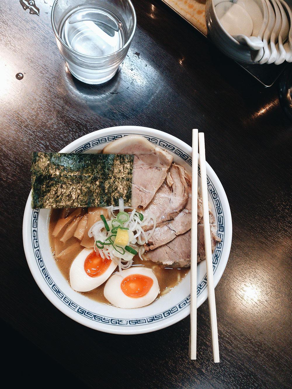 hayashi ramen, shibuya, tokyo, sketch and run, ramen, store, ramen, yakibuta