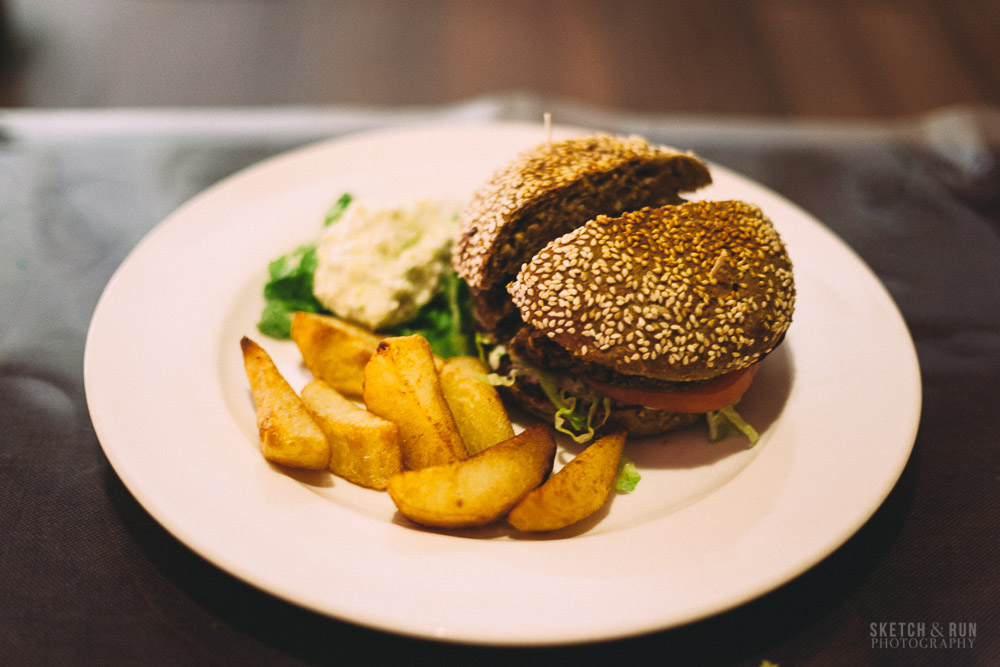 veggie table, food, vegetarian, food, beijing, china, sketch and run, hamburger