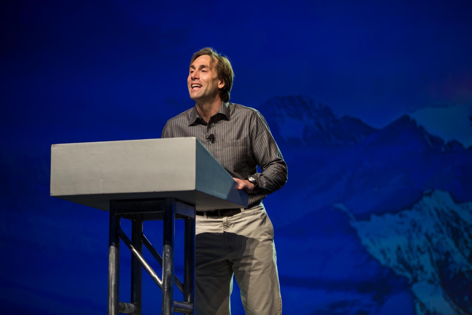 Erik Weihenmayer speaking