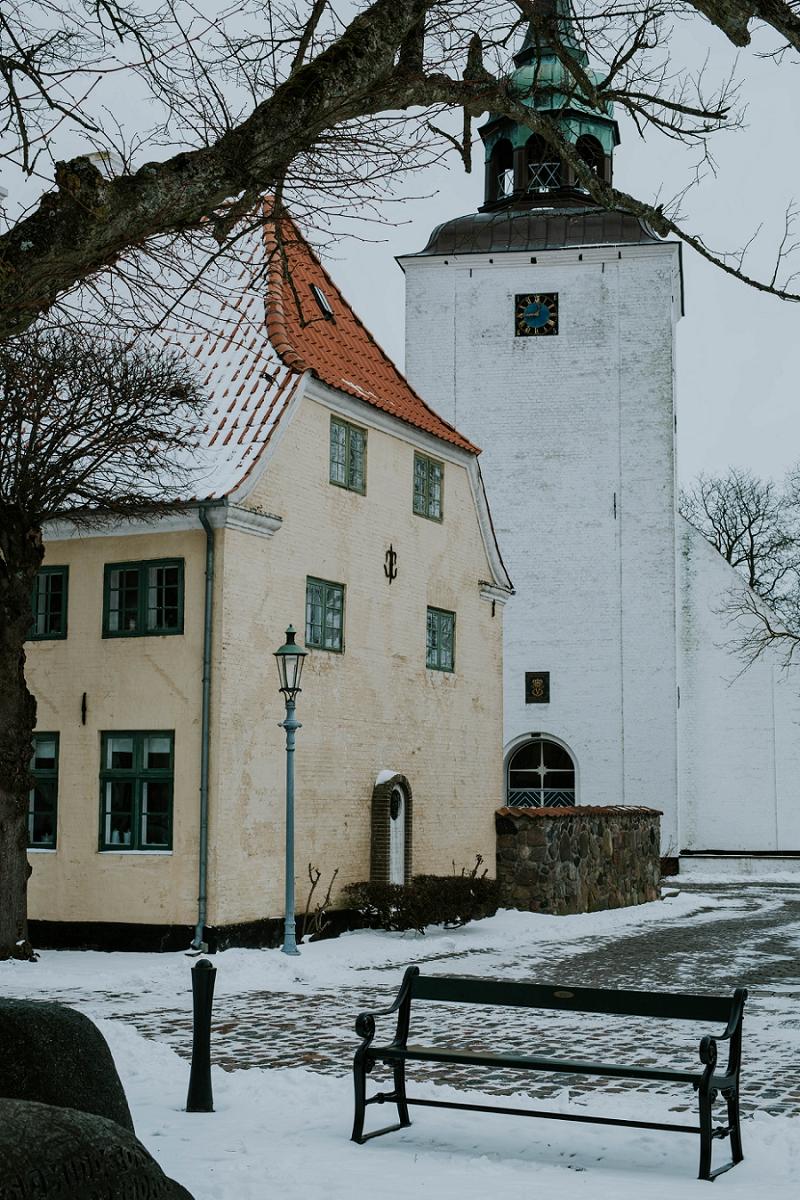 Intimate-winter-wedding-in-denmark (2).jpg