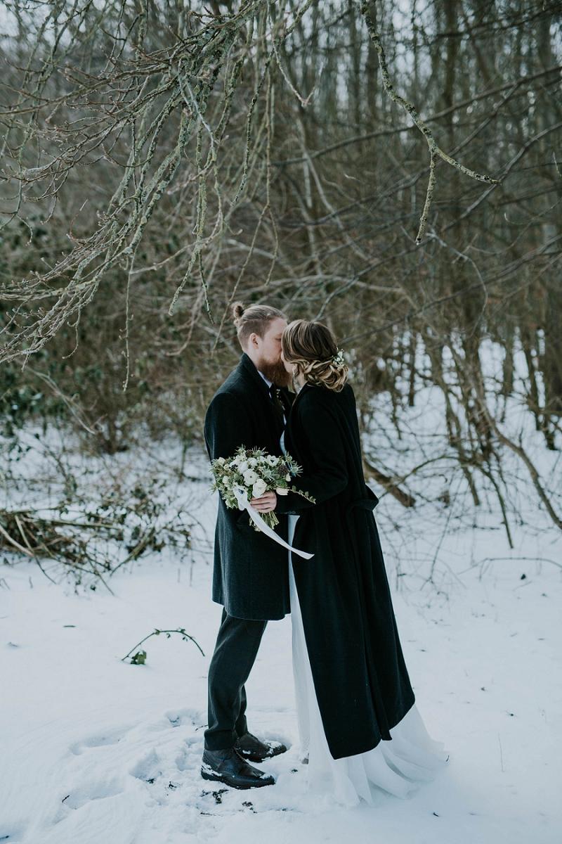 Intimate-winter-wedding-in-denmark (51).jpg
