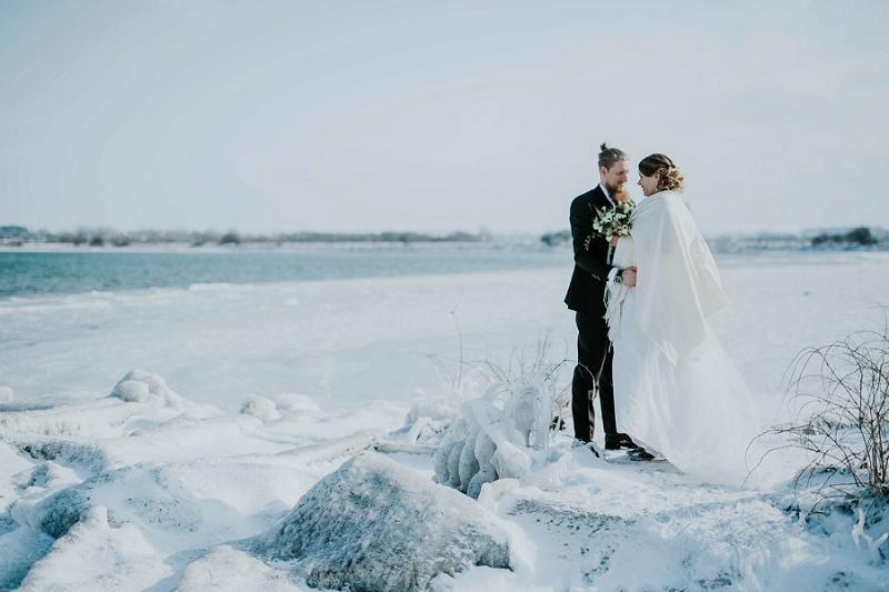 Intimate-winter-wedding-in-denmark (74).jpg