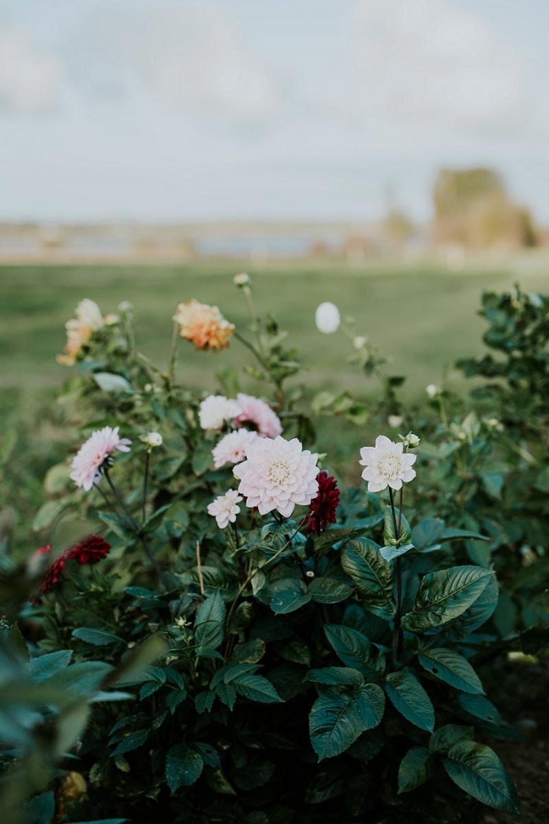 making-autumn-bridal-bouquet_6904.jpg
