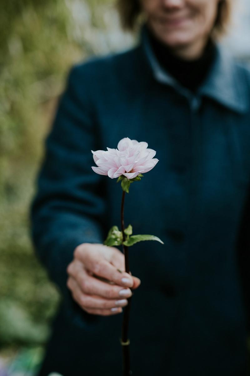 making-autumn-bridal-bouquet_6912.jpg