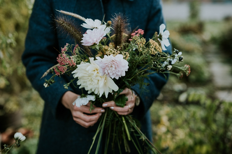 making-autumn-bridal-bouquet_6916.jpg