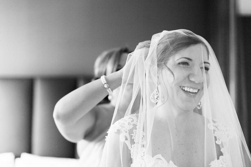 0004V.Sattui_Napa_Wedding_Photographer_LPP.jpeg