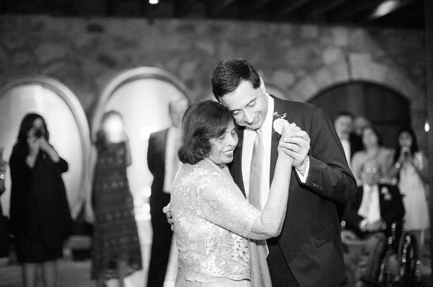 0037V.Sattui_Napa_Wedding_Photographer_LPP.jpeg