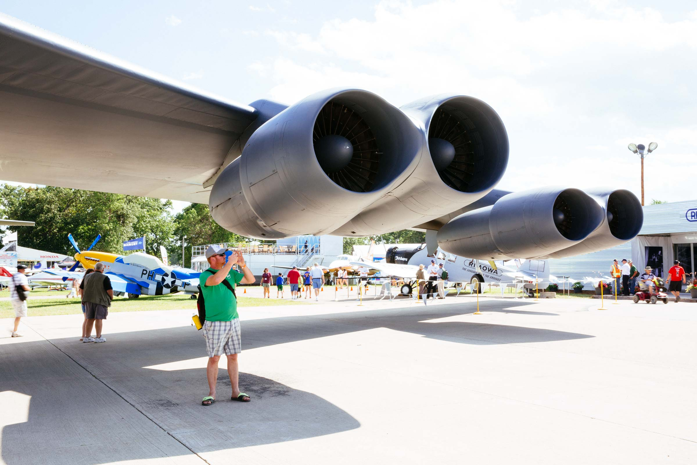 GE , client  B-52 Airventure  Oshkosh, WI USA