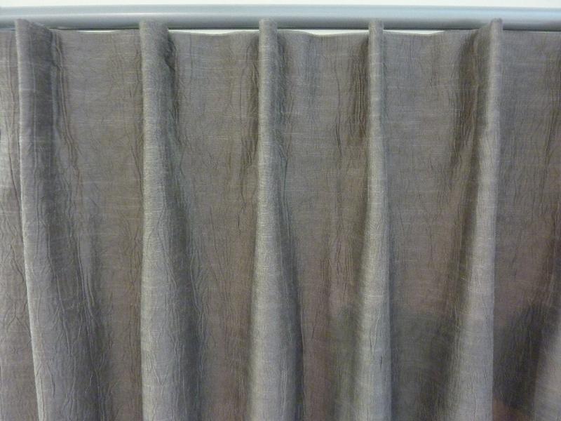 Single pleats