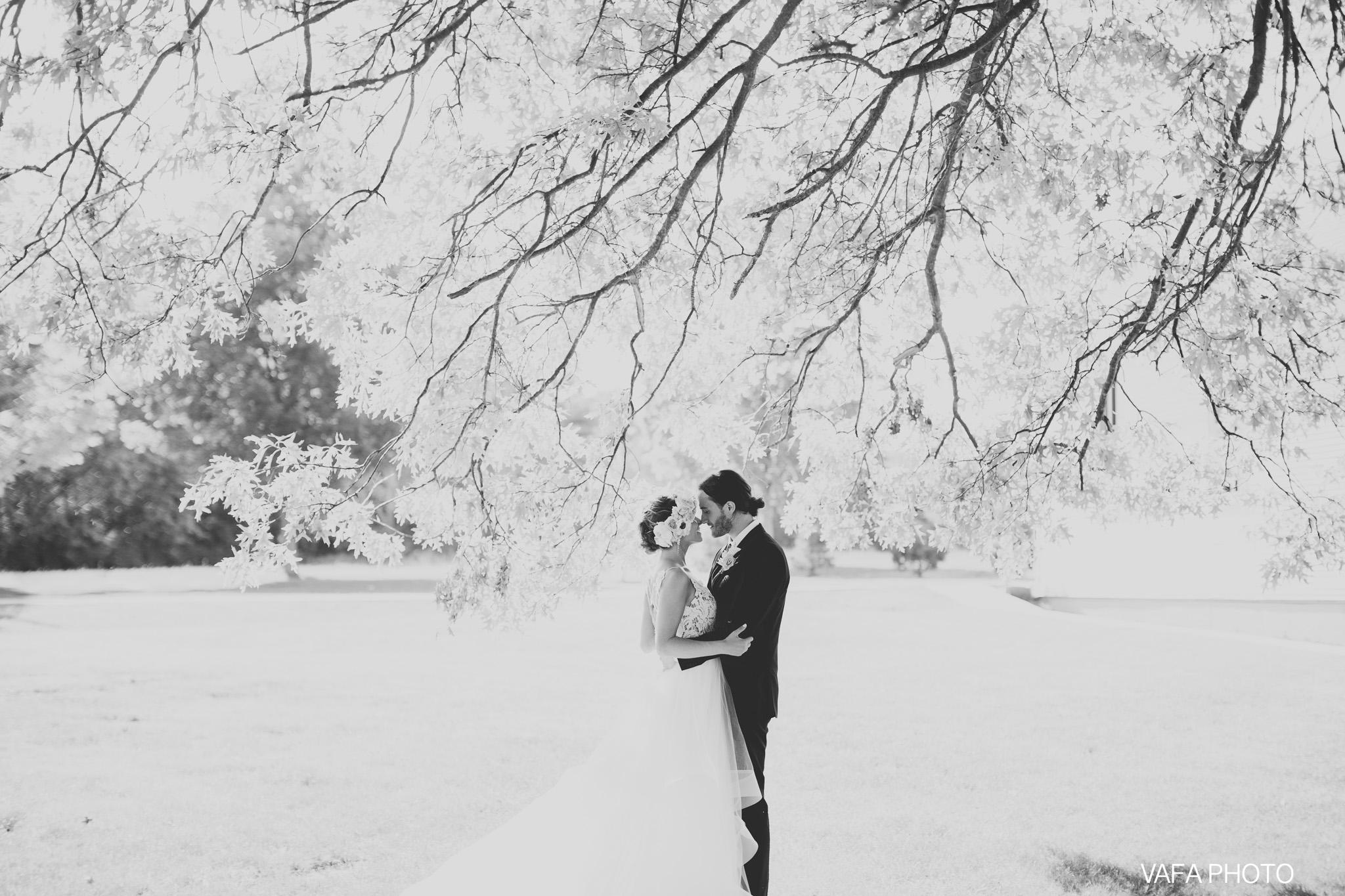The-Felt-Estate-Wedding-Kailie-David-Vafa-Photo-558.jpg