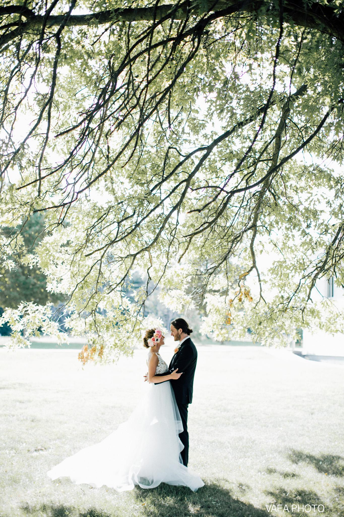 The-Felt-Estate-Wedding-Kailie-David-Vafa-Photo-554.jpg