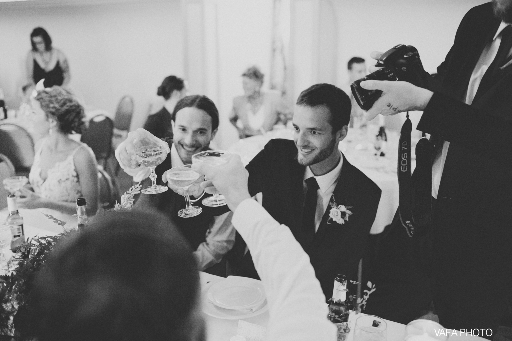 The-Felt-Estate-Wedding-Kailie-David-Vafa-Photo-938.jpg