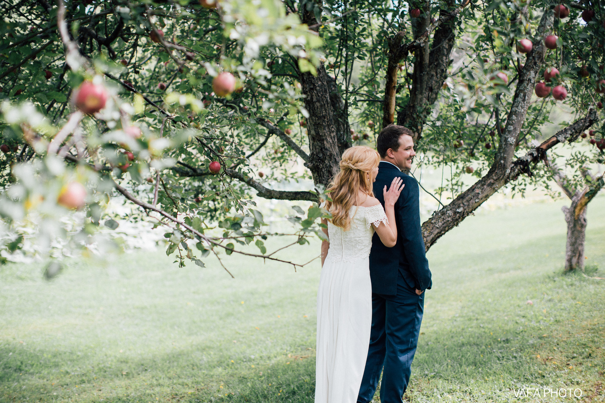 Belsolda-Farm-Wedding-Christy-Eric-Vafa-Photo-34.jpg