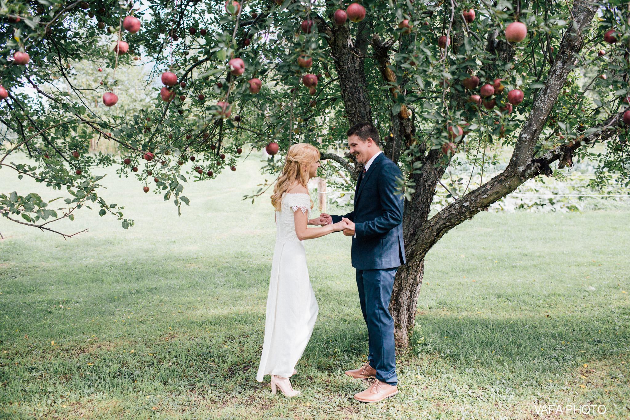 Belsolda-Farm-Wedding-Christy-Eric-Vafa-Photo-43.jpg